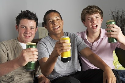 Early Brain Changes May Help Predict >> Early Brain Changes May Predict Future Alcohol Abuse In Teens Study
