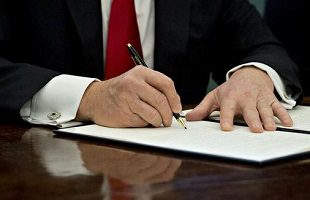 Trump signs opioid bill